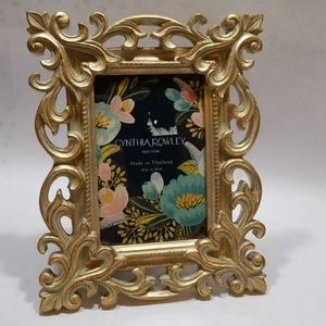 Cynthia Rowley Gold Wash Resin 4x6 Picture Frame